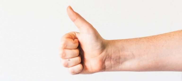 thumbs up-piano moving MD