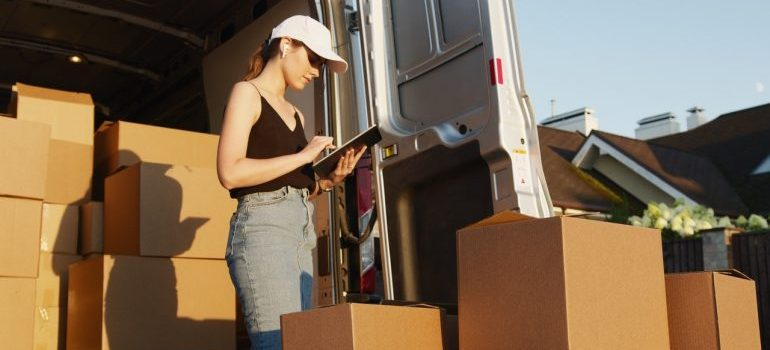 Opting for Gold Moving Service means that you will have Silver Spring relocation experts at your disposal.
