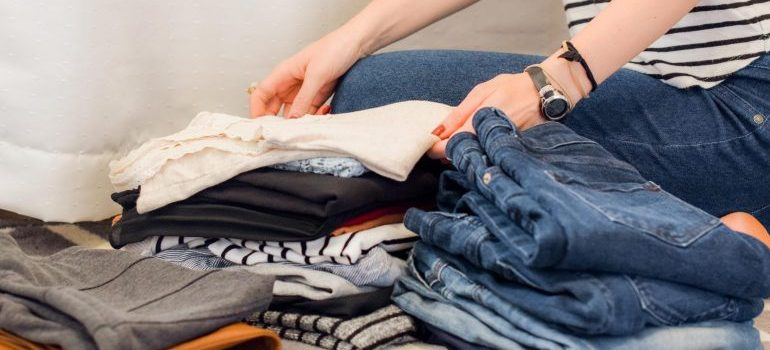 declutter your home-on the checklist