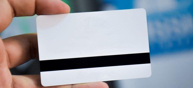 identify a fraudulent moving company blank id